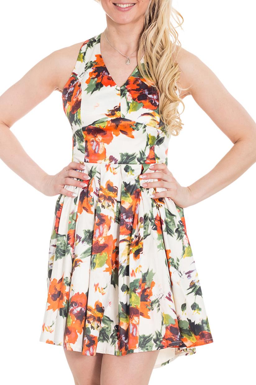 ПлатьеПлатья<br>Короткое платье с ярким цветочным принтом на белом фоне подарит радостное настроение вам и окружающим. Отрезное по линии талии, оно прекрасно подчеркнет вашу грудь. Красивое глубокое декольте не только позволит продемонстрировать красоту и молодость вашей кожи, но и поможет пережить жаркие летние дни. Оригинальный крой спины делает платье игривым и кокетливым. Широкая юбка зрительно уменьшит объемы ваших ног.  Цвет: белый, оранжевый, зеленый  Рост девушки-фотомодели 170 см.<br><br>Горловина: V- горловина<br>По длине: До колена<br>По материалу: Атлас,Хлопок<br>По рисунку: Растительные мотивы,С принтом,Цветные,Цветочные<br>По силуэту: Приталенные<br>По стилю: Нарядный стиль,Повседневный стиль,Летний стиль<br>По форме: Платье - трапеция<br>По элементам: С открытой спиной,С открытыми плечами,Со складками<br>Рукав: Без рукавов<br>По сезону: Лето<br>Размер : 42,44,46<br>Материал: Атлас<br>Количество в наличии: 3