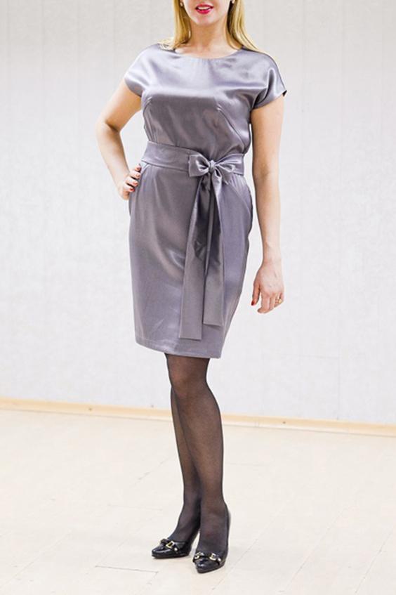 ПлатьеПлатья<br>Нарядное платье с короткими рукавами. Плотная атласная ткань с мерцающими частицами. Отличный выбор для любого торжества. Пояс в комплект не входит.  Цвет: серый  Рост девушки-фотомодели 170 см<br><br>Горловина: С- горловина<br>По длине: До колена<br>По материалу: Атлас<br>По рисунку: Однотонные<br>По сезону: Весна,Зима,Лето,Осень,Всесезон<br>По силуэту: Полуприталенные<br>По стилю: Нарядный стиль<br>По форме: Платье - футляр<br>Рукав: Короткий рукав<br>Размер : 44,46,48<br>Материал: Атлас<br>Количество в наличии: 4