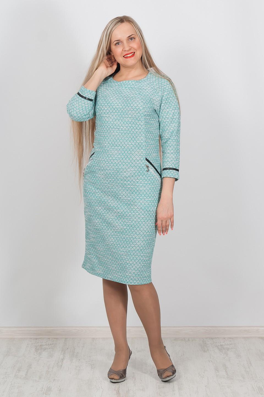 ПлатьеПлатья<br>Великолепное платье с рукавами 3/4. Модель выполнена из трикотажа с принтом под рептилию. Отличный выбор для любого случая.  Цвет: голубой  Ростовка изделия 170 см.<br><br>По образу: Свидание,Город<br>По стилю: Повседневный стиль<br>По материалу: Вискоза,Трикотаж<br>По рисунку: Однотонные,Рептилия,С принтом<br>По сезону: Осень,Весна<br>По силуэту: Приталенные<br>По элементам: С молнией,С отделочной фурнитурой,С разрезом,С декором,С кожаными вставками<br>По форме: Платье - футляр<br>По длине: Ниже колена<br>Рукав: Рукав три четверти<br>Горловина: С- горловина<br>Разрез: Короткий<br>Размер: 46,48,50,52,54,56<br>Материал: 60% вискоза 35% полиэстер 5% эластан<br>Количество в наличии: 1