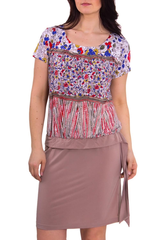 ПлатьеПлатья<br>Женское платье с круглой горловиной и коротким рукавом. Модель имитирует блузку с цветочным принтом и однотонную юбку. Платье выполнено из приятного трикотажа. Отличный вариант для повседневного гардероба.  Рост девушки-фотомодели 180 см<br><br>Горловина: С- горловина<br>По материалу: Вискоза,Трикотаж<br>По рисунку: Цветные,Цветочные,С принтом<br>По сезону: Весна,Лето<br>По силуэту: Полуприталенные<br>По элементам: С декором<br>Рукав: Короткий рукав<br>По форме: Платье - футляр<br>По стилю: Повседневный стиль,Летний стиль<br>По длине: До колена<br>Размер : 46,52,54,56<br>Материал: Холодное масло<br>Количество в наличии: 5