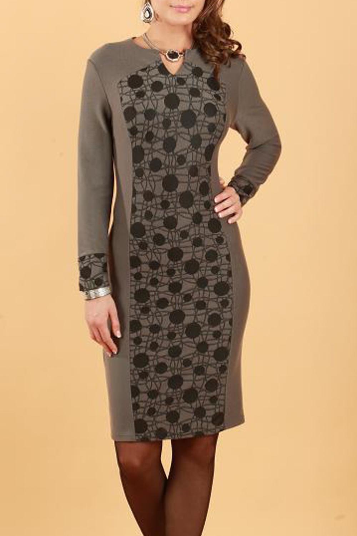 ПлатьеПлатья<br>Платье трикотажное цельнокройное без подкладки, с контрасной фигурной вставкой  по полочке. Прекрасный вариант на каждый день для элегантной и уверенной в себе женщины.  Длина изделия 102-104 см.  Цвет: коричневый, черный  Параметры (обхват груди; обхват талии; обхват бедер): 44 размер - 88; 66,4; 96 см 46 размер - 92; 70,6; 100 см 48 размер - 96; 74,2; 104 см 50 размер - 100; 90; 106 см 52 размер - 104; 94; 110 см 54-56 размер - 108-112; 98-102; 114-118 см 58-60 размер - 116-120; 106-110; 124-130 см<br><br>Горловина: С- горловина<br>По длине: До колена<br>По материалу: Трикотаж<br>По образу: Город,Свидание<br>По рисунку: Абстракция,Цветные<br>По сезону: Весна,Осень<br>По силуэту: Полуприталенные<br>По стилю: Повседневный стиль<br>По форме: Платье - футляр<br>По элементам: С декором<br>Рукав: Длинный рукав<br>Размер : 50,52<br>Материал: Трикотаж<br>Количество в наличии: 2