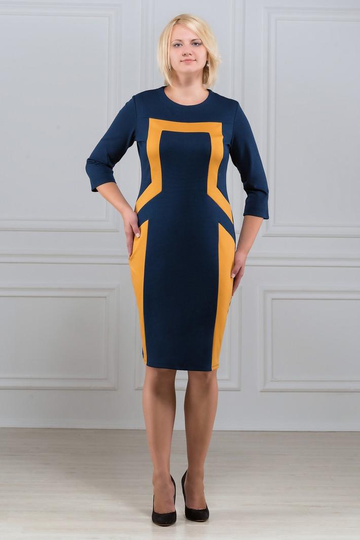 ПлатьеПлатья<br>Лаконичное и в то же время изысканное платье с круглым вырезом и рукавом 3/4. Симметричный рисунок из контрастных вставок зрительно стройнит фигуру. Великолепный вариант для офиса и на каждый день. Ткань - плотный трикотаж, характеризующийся эластичностью, растяжимостью и мягкостью.. Ткань - плотный трикотаж, характеризующийся эластичностью, растяжимостью и мягкостью.  Длина изделия 100-105 см.   В изделии использованы цвета: синий, желтый  Рост девушки-фотомодели 173 см<br><br>Горловина: С- горловина<br>По длине: До колена<br>По материалу: Вискоза,Трикотаж<br>По рисунку: Цветные<br>По силуэту: Приталенные<br>По стилю: Повседневный стиль<br>По форме: Платье - футляр<br>Рукав: Рукав три четверти<br>По сезону: Осень,Весна,Зима<br>Размер : 50,52,56,58,60,64<br>Материал: Трикотаж<br>Количество в наличии: 6