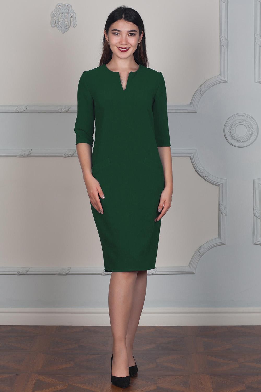 ПлатьеПлатья<br>Однотонное платье полуприталенного силуэта с фигурной горловиной и рукавами до локтя. Модель выполнена из плотного трикотажа. Отличный выбор для повседневного гардероба.  В изделии использованы цвета: зеленый  Длина изделия по спинке:  42,44 размеры - 97 см,  46,48 размеры - 99 см,  50,52 размеры - 102 см,  54,56 размеры - 105 см,  58 размер - 107 см.  Ростовка изделия 170 см.<br><br>Горловина: Фигурная горловина<br>По длине: Ниже колена<br>По материалу: Трикотаж<br>По рисунку: Однотонные<br>По стилю: Классический стиль,Кэжуал,Офисный стиль,Повседневный стиль<br>По элементам: С карманами<br>Рукав: До локтя<br>По силуэту: Полуприталенные<br>По сезону: Осень,Весна<br>Размер : 42,44<br>Материал: Трикотаж<br>Количество в наличии: 2