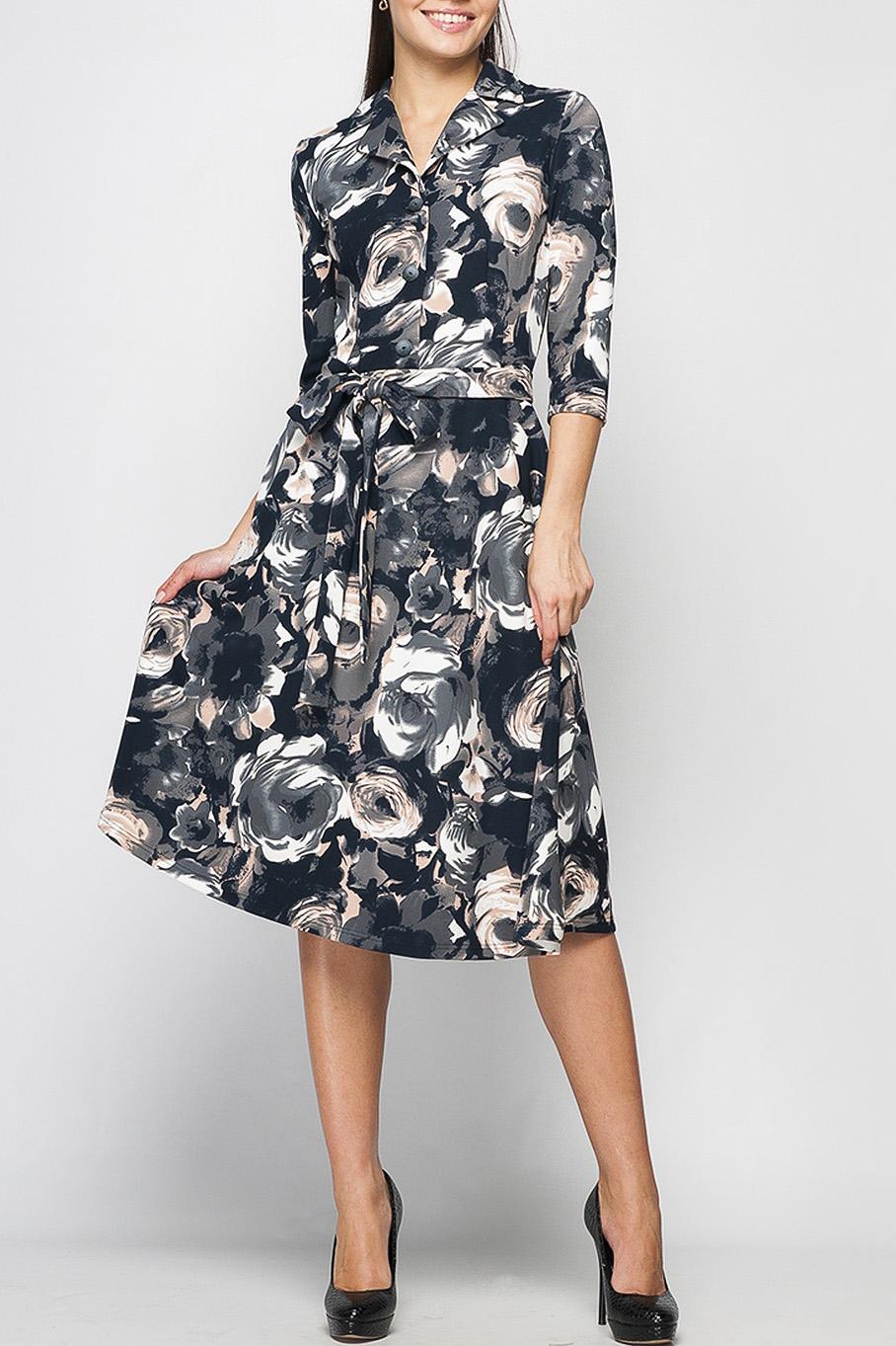ПлатьеПлатья<br>Классическое платье из приятной плательной ткани. Данная модель выгодно подчеркнет Вашу талию и позволит быть не только привлекательной, но и ощущать себя комфортно целый день, отложной воротничок и застежка из пуговиц добавляет свою изюминку. В комплекте к платью идет пояс из основной ткани.   Параметры изделия:  42 размер: обхват груди - 88 см, обхват талии - 72 см, длина рукава - 41 см, длина изделия - 104 см;  44 размер: обхват груди - 92 см, обхват талии - 80 см, длина рукава - 41 см, длина изделия - 104 см;  52 размер: обхват груди - 108 см, обхват талии - 96 см, длина рукава - 42 см, длина изделия - 109 см.  Цвет: иссиня-черный, молочный и др.  Рост девушки-фотомодели 170 см<br><br>Воротник: Отложной<br>Горловина: V- горловина<br>Рукав: Рукав три четверти<br>Длина: Ниже колена<br>Материал: Тканевые<br>Рисунок: Растительные мотивы,С принтом,Цветные,Цветочные<br>Сезон: Весна,Осень<br>Силуэт: Полуприталенные,Приталенные<br>Стиль: Повседневный стиль<br>Форма: Платье - трапеция<br>Элементы: С воротником,Со складками<br>Размер : 42,44,48,50<br>Материал: Плательная ткань<br>Количество в наличии: 4
