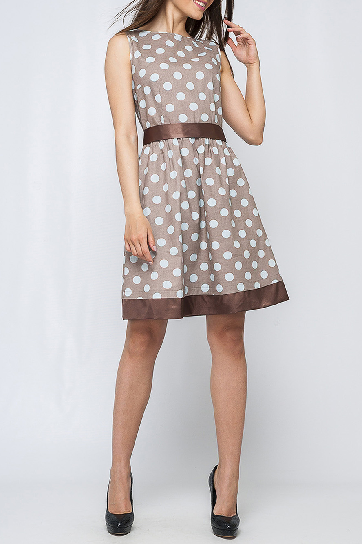 ПлатьеПлатья<br>Стильное женское платье из хлопка, по низу изделие украшено широкой лентой. Контраст принта и основного фона платья, делает его более интересным и привлечет к вам внимание.   Параметры изделия:  для 44 размера: обхват груди - 96 см. обхват по линии бедер - 119 см. длина по спинке - 93 см.  для 48 размера: обхват груди - 104 см. обхват по линии бедер - 127 см. длина по спинке - 95 см.  Цвет: бежевый, коричневый, белый.  Рост девушки-фотомодели 170 см<br><br>Горловина: Лодочка<br>По длине: До колена<br>По материалу: Хлопок,Атлас<br>По рисунку: В горошек,Цветные,С принтом<br>По силуэту: Приталенные<br>По стилю: Винтаж,Летний стиль,Повседневный стиль,Романтический стиль<br>По форме: Платье - трапеция<br>По элементам: С декором<br>Рукав: Без рукавов<br>По сезону: Лето<br>Размер : 40<br>Материал: Хлопок + Атлас<br>Количество в наличии: 1