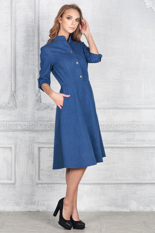ПлатьеПлатья<br>Превосходное платье с рукавами 3/4. Модель выполнена из облегченной джинсы. Отличный выбор для любого случая.  В изделии использованы цвета: синий  Ростовка изделия 170 см.<br><br>Воротник: Стойка<br>По длине: Ниже колена<br>По материалу: Джинс,Хлопок<br>По рисунку: Однотонные<br>По силуэту: Приталенные<br>По стилю: Классический стиль,Кэжуал,Повседневный стиль<br>По форме: Платье - трапеция<br>По элементам: С патами<br>Рукав: Рукав три четверти<br>По сезону: Осень,Весна<br>Размер : 42,52,54<br>Материал: Джинс<br>Количество в наличии: 3