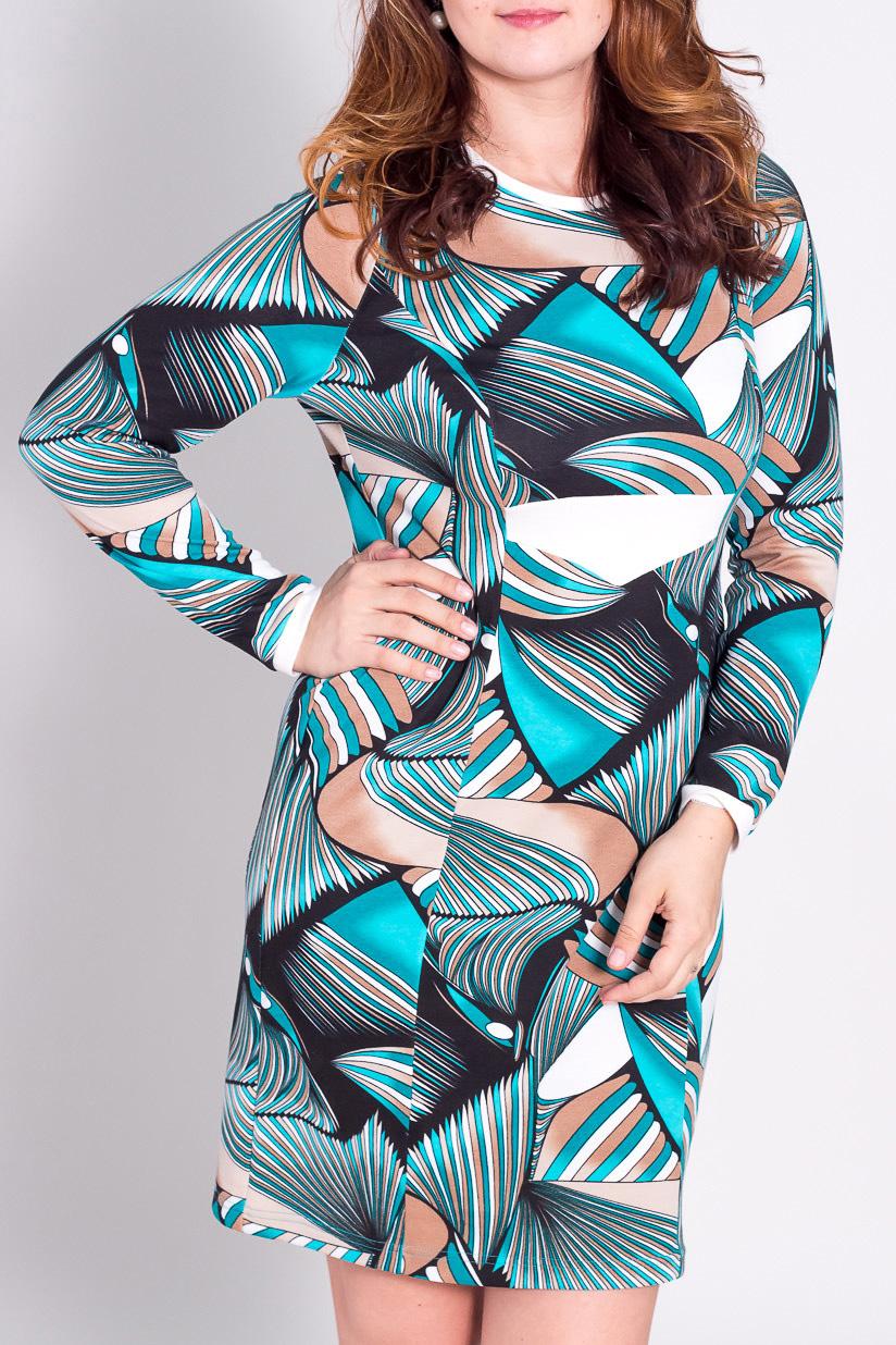 ПлатьеПлатья<br>Прелестное платье с длинными рукавами из плотного трикотажа  За счет свободного кроя и эластичного материала изделие можно носить во время беременности  Цвет: бирюзовый, серый, коричневый  Рост девушки-фотомодели 180 см<br><br>Горловина: С- горловина<br>По длине: До колена<br>По материалу: Вискоза,Трикотаж<br>По рисунку: Абстракция,Цветные<br>По сезону: Зима<br>По силуэту: Полуприталенные<br>По стилю: Повседневный стиль<br>По форме: Платье - футляр<br>Рукав: Длинный рукав<br>Размер : 50,54<br>Материал: Джерси<br>Количество в наличии: 2