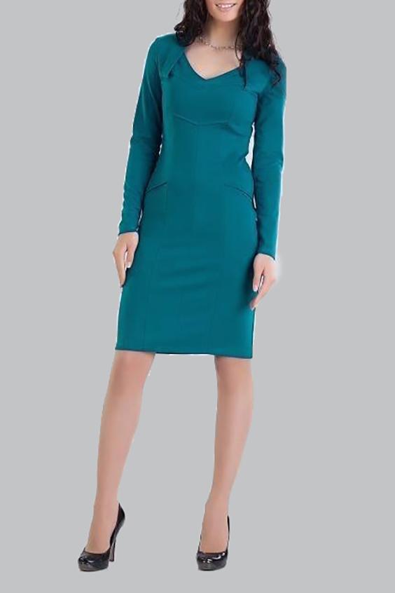ПлатьеПлатья<br>Красивое платье с длинными рукавами и V-образным вырезом горловины. Модель выполнена из приятного трикотажа. Отличный выбор для повседневного и делового гардероба.  Цвет: бирюзовый  Ростовка изделия 170 см.<br><br>Горловина: V- горловина<br>По длине: Ниже колена<br>По материалу: Трикотаж<br>По сезону: Весна,Осень,Зима<br>По силуэту: Полуприталенные<br>По стилю: Офисный стиль,Повседневный стиль<br>По форме: Платье - футляр<br>По элементам: С декором,Со складками<br>Рукав: Длинный рукав<br>Размер : 44<br>Материал: Джерси<br>Количество в наличии: 1