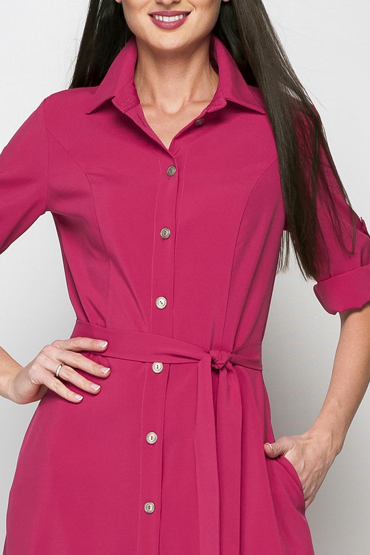 ПлатьеПлатья<br>Стильное женское платье-рубашка полуприлегающего силуэта, длина до щиколотки, воротник оформлен в рубашечном стиле, отложной.  Платье без пояса.  Параметры изделия:  44 размер: обхват груди - 86 см, обхват талии - 78 см, длина рукава - 47см. длина изделия - 150 см;  52 размер: обхват груди - 104 см, обхват талии - 92 см, длина рукава - 47см, длина изделия - 155 см.  Цвет: малиновый  Рост девушки-фотомодели 175 см<br><br>Воротник: Рубашечный<br>По длине: Макси<br>По материалу: Тканевые<br>По рисунку: Однотонные<br>По сезону: Лето,Осень,Весна<br>По силуэту: Полуприталенные<br>По стилю: Повседневный стиль,Сафари<br>По форме: Платье - рубашка<br>Рукав: До локтя,Рукав три четверти<br>Размер : 42,44<br>Материал: Плательная ткань<br>Количество в наличии: 2