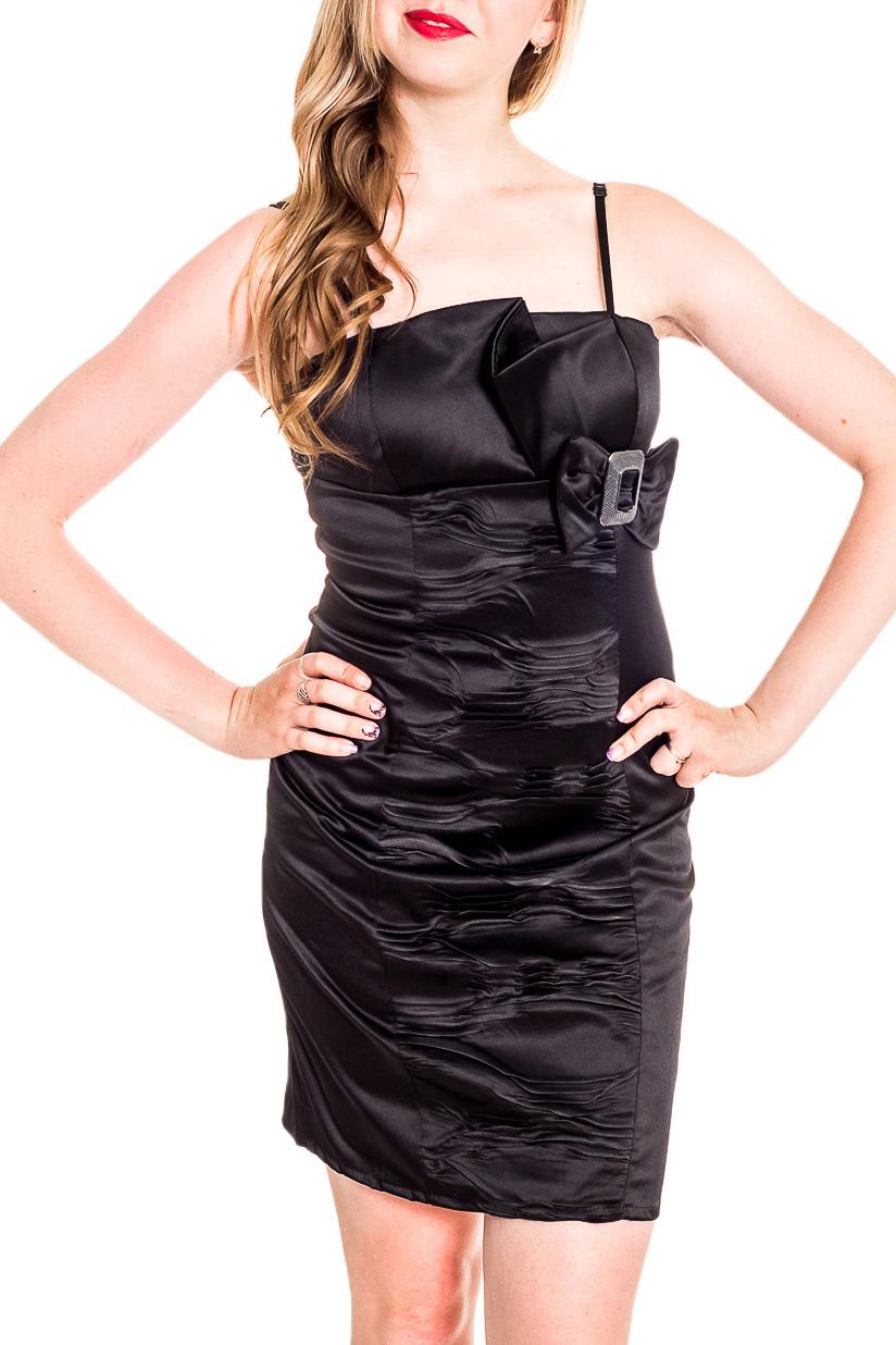 ПлатьеПлатья<br>Нарядное платье на тонких бретелях. Модель выполнена из приятного материала. Отличный выбор для любого случая.  Цвет: черный  Рост девушки-фотомодели 170 см<br><br>По длине: До колена<br>По материалу: Атлас,Тканевые<br>По образу: Выход в свет<br>По рисунку: Однотонные<br>По сезону: Весна,Зима,Лето,Осень,Всесезон<br>По силуэту: Приталенные<br>По стилю: Нарядный стиль<br>По форме: Платье - футляр<br>По элементам: С воланами и рюшами,С декором,С разрезом<br>Разрез: Короткий,Шлица<br>Рукав: Без рукавов<br>Размер : 44,46<br>Материал: Атлас<br>Количество в наличии: 2