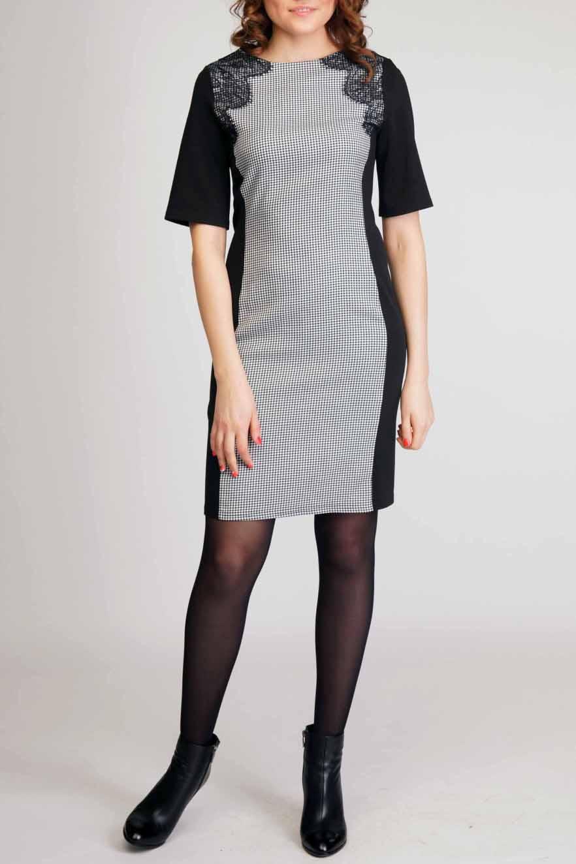 ПлатьеПлатья<br>Утонченное женское платье с округлой горловиной и декоративными вставками из гипюра. Модель выполнена из приятного трикотажа. Отличный выбор для любого случая.  Цвет: черный, белый.  Рост девушки-фотомодели 170 см.<br><br>Горловина: С- горловина<br>По длине: До колена<br>По материалу: Трикотаж,Гипюр<br>По рисунку: Цветные,В клетку,С принтом<br>По сезону: Зима,Осень,Весна<br>По силуэту: Приталенные<br>По стилю: Повседневный стиль,Нарядный стиль<br>По форме: Платье - футляр<br>По элементам: С декором<br>Рукав: До локтя<br>Размер : 44-46,48-50<br>Материал: Трикотаж + Гипюр<br>Количество в наличии: 4