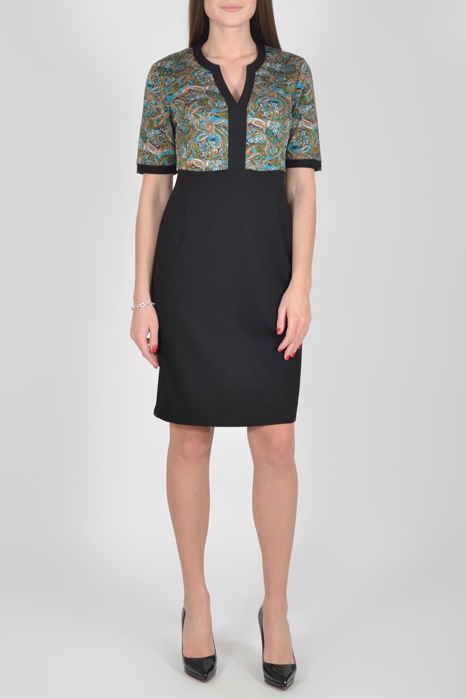 ПлатьеПлатья<br>Цветное платье с фигурной горловиной и рукавами до локтя. Модель выполнена из приятного материала. Отличный выбор для повседневного гардероба.  Длина изделия по спинке до 54 размера - 96 см., от 54 размера - 98 см.  В изделии использованы цвета: черный, зеленый и др.  Рост девушки-фотомодели 175 см.  Параметры размеров: 42 размер - обхват груди 84 см., обхват талии 66 см., обхват бедер 92 см. 44 размер - обхват груди 88 см., обхват талии 70 см., обхват бедер 96 см. 46 размер - обхват груди 92 см., обхват талии 74 см., обхват бедер 100 см. 48 размер - обхват груди 96 см., обхват талии 78 см., обхват бедер 104 см. 50 размер - обхват груди 100 см., обхват талии 82 см., обхват бедер 108 см. 52 размер - обхват груди 104 см., обхват талии 86 см., обхват бедер 112 см. 54 размер - обхват груди 108 см., обхват талии 91 см., обхват бедер 116 см. 56 размер - обхват груди 112 см., обхват талии 95 см., обхват бедер 120 см. 58 размер - обхват груди 116 см., обхват талии 100 см., обхват бедер 124 см. 60 размер - обхват груди 120 см., обхват талии 105 см., обхват бедер 128 см.<br><br>Горловина: Фигурная горловина<br>По длине: До колена<br>По материалу: Трикотаж<br>По рисунку: С принтом,Цветные,Этнические<br>По силуэту: Приталенные<br>По стилю: Повседневный стиль<br>По форме: Платье - футляр<br>По элементам: С завышенной талией<br>Рукав: До локтя<br>По сезону: Осень,Весна<br>Размер : 48,50,52,54,56<br>Материал: Трикотаж<br>Количество в наличии: 15