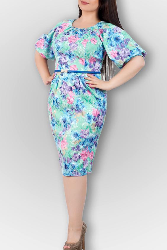 ПлатьеПлатья<br>Удобное платье с цветочным принтом. Модель выполнена из приятного материала. Отличный выбор для любого случая. Платье без пояса.  В изделии использованы цвета: бирюзовый, розовый, голубой и др.  Ростовка изделия 170 см.<br><br>Горловина: С- горловина<br>По длине: Ниже колена<br>По материалу: Тканевые<br>По рисунку: Растительные мотивы,С принтом,Цветные,Цветочные<br>По силуэту: Приталенные<br>По стилю: Повседневный стиль<br>По форме: Платье - футляр<br>По элементам: С манжетами<br>Рукав: Рукав три четверти<br>По сезону: Осень,Весна<br>Размер : 44,46,48<br>Материал: Плательная ткань<br>Количество в наличии: 6