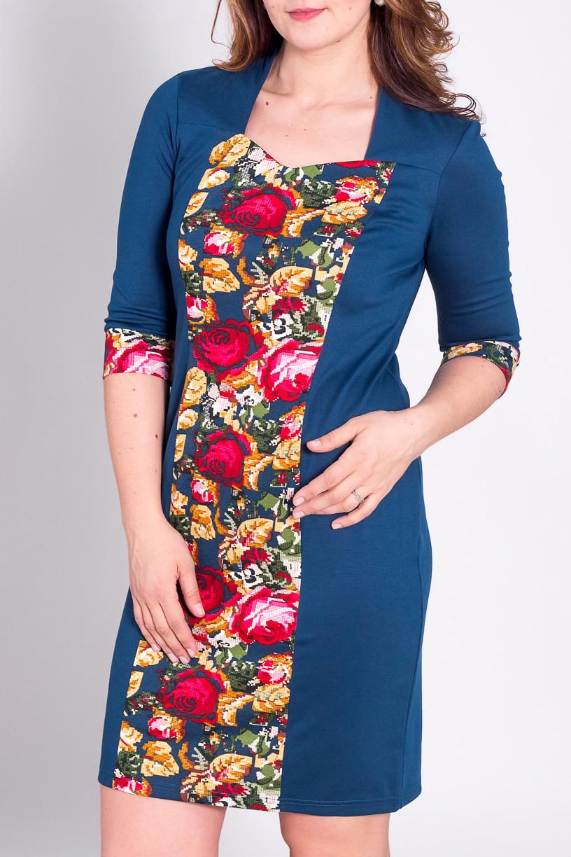 ПлатьеПлатья<br>Красивое трикотажное платье с купоном. Платье прилегающего силуэта, длиной выше колена. Рукав втачной три четверти. Вырез горловины: фигурный. Низ платья заужен. Комфортная модель из красивого трикотажа. Облегающий скользящий силуэт платья стройнит фигуру, красивый вырез горловины удлиняет шею. Ткань с трендовым рисунком. Красивое платье для любого случая. Вы будете женственна, элегантна и обворожительна  Длина платья по середине спинки: до 52 размера 106-108 см.  после 54 размера 110 см.  Цвет: синий, желтый, красный, зеленый  Рост девушки-фотомодели 180 см.<br><br>По образу: Город,Свидание<br>По стилю: Повседневный стиль<br>По материалу: Вискоза,Трикотаж<br>По рисунку: Растительные мотивы,Цветные,Цветочные<br>По сезону: Весна,Осень<br>По силуэту: Полуприталенные<br>По форме: Платье - футляр<br>По длине: До колена<br>Рукав: Рукав три четверти<br>Горловина: Асимметричная горловина<br>Размер: 50,52,54,56,58<br>Материал: 62% вискоза 35% полиэстер 3% спандекс<br>Количество в наличии: 9