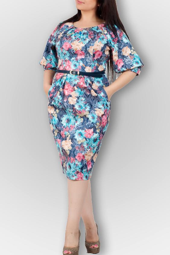 ПлатьеПлатья<br>Удобное платье с цветочным принтом. Модель выполнена из приятного материала. Отличный выбор для любого случая. Платье без пояса.  В изделии использованы цвета: синий и др.  Ростовка изделия 170 см.<br><br>Горловина: С- горловина<br>По длине: Ниже колена<br>По материалу: Тканевые<br>По рисунку: Растительные мотивы,С принтом,Цветные,Цветочные<br>По силуэту: Приталенные<br>По стилю: Повседневный стиль<br>По форме: Платье - футляр<br>По элементам: С манжетами<br>Рукав: Рукав три четверти<br>По сезону: Осень,Весна<br>Размер : 44,46<br>Материал: Плательная ткань<br>Количество в наличии: 3