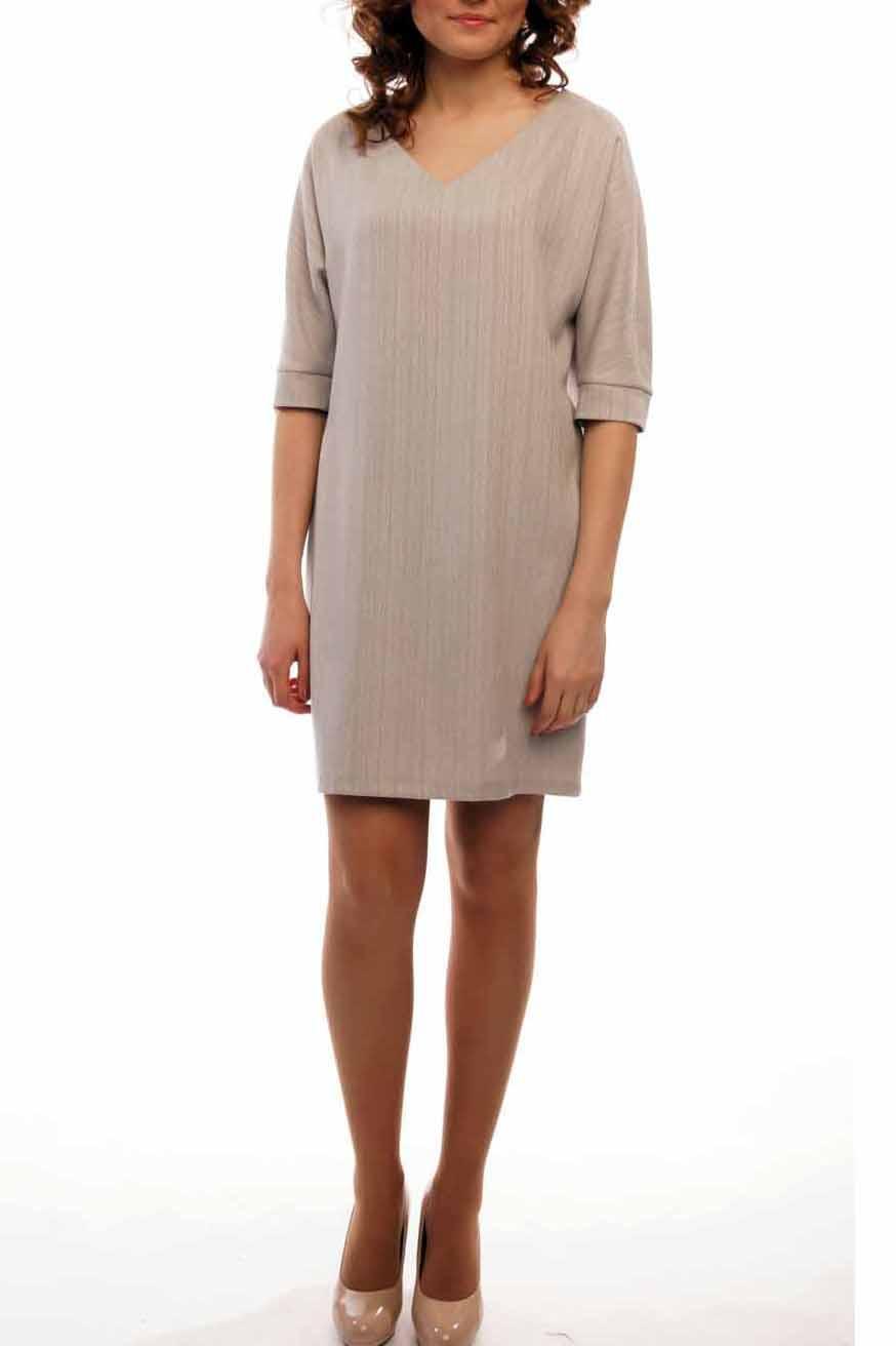 ПлатьеПлатья<br>Элегантное женское платье с V-горловиной, выполненное из приятного материала под лен. Отличный выбор для создания повседневного образа.  Цвет: серо-бежевый.  Рост девушки-фотомодели 170 см<br><br>Горловина: V- горловина<br>По длине: До колена<br>По материалу: Вискоза,Лен,Трикотаж<br>По образу: Город,Офис,Свидание<br>По рисунку: Однотонные<br>По силуэту: Прямые,Свободные<br>По стилю: Классический стиль,Кэжуал,Офисный стиль,Повседневный стиль<br>По элементам: С манжетами<br>По сезону: Осень,Весна<br>Рукав: Рукав три четверти<br>Размер : 44-46<br>Материал: Лен<br>Количество в наличии: 1