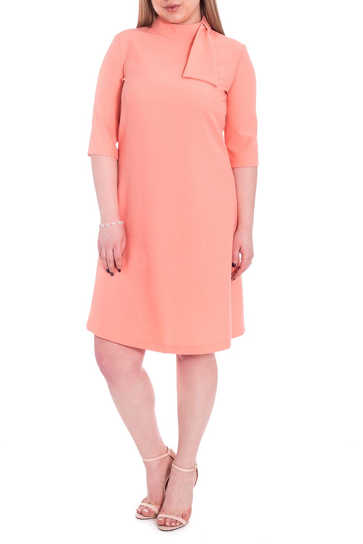 ПлатьеПлатья<br>Трендовое платье в женственном стиле подарит вам массу положительных эмоций. Дизайн изделия привнесет в вашу жизнь легкость и комфорт.  Платье полуприлегающего силуэта. На спинке средний шов с молнией. Воротник quot;стойкаquot; с имитацией банта. Рукав втачной, до локтя.  Цвет: персиковый.  Длина рукава - 31 ± 1 см  Рост девушки-фотомодели 170 см  Длина изделия: 46 размер - 96 ± 2 см 48 размер - 96 ± 2 см 50 размер - 96 ± 2 см 52 размер - 96 ± 2 см 54 размер - 99 ± 2 см 56 размер - 99 ± 2 см 58 размер - 99 ± 2 см<br><br>Воротник: Стойка<br>По длине: До колена<br>По материалу: Тканевые<br>По рисунку: Однотонные<br>По силуэту: Полуприталенные<br>По стилю: Классический стиль,Кэжуал,Офисный стиль,Повседневный стиль,Романтический стиль<br>По элементам: С воротником,С декором,С молнией<br>Рукав: До локтя<br>По сезону: Осень,Весна<br>Размер : 48,50,52,54,56,58<br>Материал: Плательная ткань<br>Количество в наличии: 49