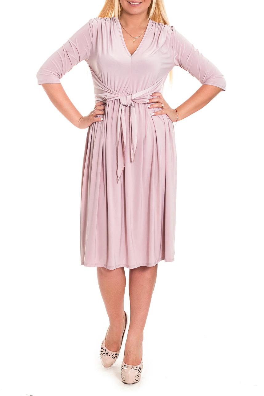 ПлатьеПлатья<br>Женственное платье с резинкой по талии станет изюминкой Вашего гардероба. Побалуйте себя этой великолепной покупкой  Платье приталенного силуэта, отрезное чуть выше линии талии с прогибом на переде. На передней части изделия средний шов на лифе, сборка по плечам и юбке и отлетные пояса, завязывающиеся в узел. На спинке средний шов. Рукав втачной, 3/4.  Цвет: приглушенный розовый.  Длина рукава - 43 ± 1 см  Рост девушки-фотомодели 170 см  Длина изделия: 46 размер - 104 ± 2 см 48 размер - 104 ± 2 см 50 размер - 104 ± 2 см 52 размер - 104 ± 2 см 54 размер - 109 ± 2 см 56 размер - 109 ± 2 см 58 размер - 109 ± 2 см<br><br>Горловина: V- горловина<br>По длине: Ниже колена<br>По материалу: Трикотаж<br>По образу: Город,Свидание<br>По рисунку: Однотонные<br>По силуэту: Полуприталенные,Приталенные<br>По стилю: Повседневный стиль,Романтический стиль<br>По форме: Платье - трапеция<br>По элементам: С вырезом,С декором,С завышенной талией,С завязками,Со складками<br>Рукав: Рукав три четверти<br>По сезону: Осень,Весна<br>Размер : 48<br>Материал: Трикотаж<br>Количество в наличии: 5