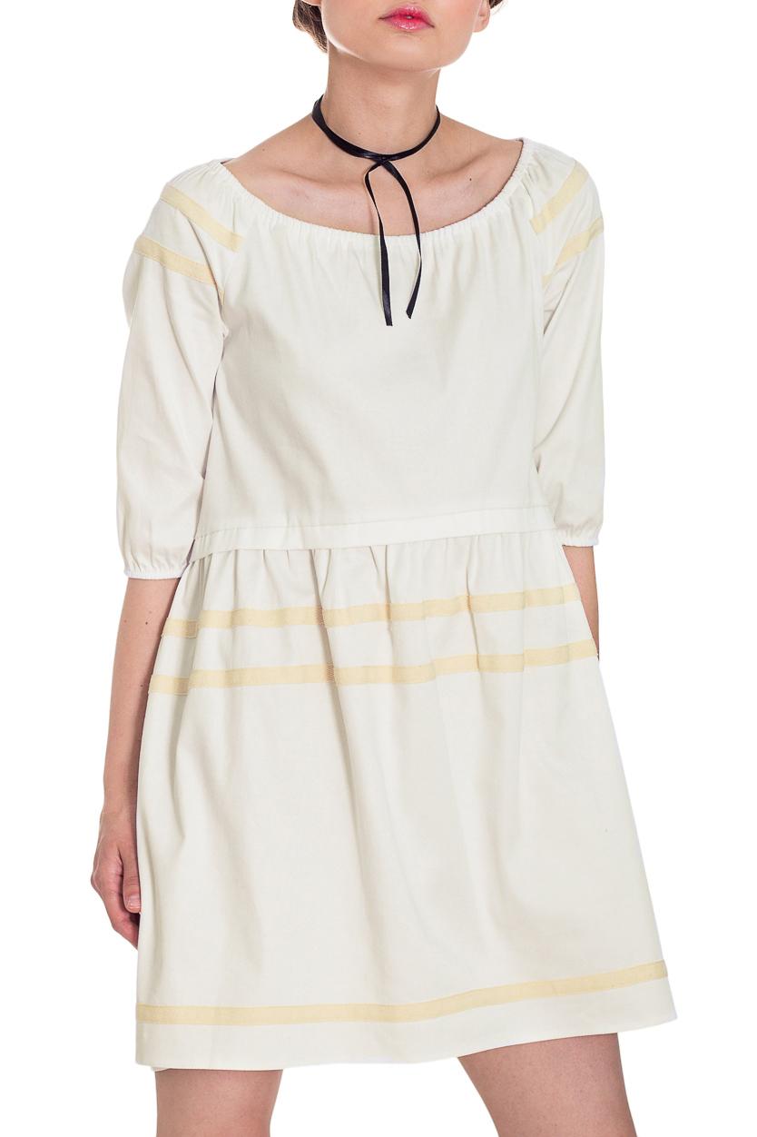 ПлатьеПлатья<br>Стиль беби долл считается одним из самых популярных во всем мире. Девушка в этом образе похожа на милую, чудесную куколку.  Платье силуэта трапеция с асимметричным низом. Фигурный низ по талии. Горловина со сборкой на резинку. Рукав реглан, 3/4, со сборкой по низу.  Цвет: белый.  Длина рукава (от конечной плечевой точки) - 35 ± 1 см  Рост девушки-фотомодели 169 см  Длина изделия:  Длина изделия: 40 размер - 85 ± 2 см 42 размер - 85 ± 2 см 44 размер - 85 ± 2 см 46 размер - 87 ± 2 см 48 размер - 87 ± 2 см 50 размер - 87 ± 2 см 52 размер - 87 ± 2 см<br><br>Горловина: Лодочка,С- горловина<br>По длине: До колена,Мини<br>По материалу: Тканевые<br>По рисунку: Однотонные<br>По силуэту: Свободные<br>По стилю: Кэжуал,Летний стиль,Молодежный стиль,Повседневный стиль,Романтический стиль,Ультрамодный стиль<br>По форме: Беби - долл,Платье - трапеция<br>По элементам: С декором,С манжетами,С фигурным низом,Со складками<br>Рукав: Рукав три четверти<br>По сезону: Лето<br>Размер : 42,44,46,48,50,52<br>Материал: Плательно-блузочная ткань<br>Количество в наличии: 15