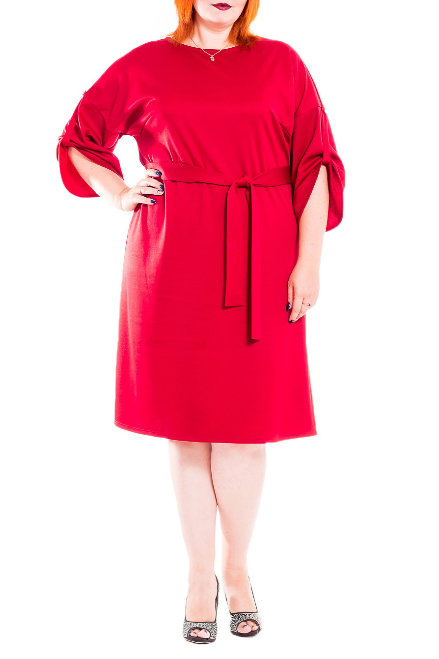ПлатьеПлатья<br>Великолепное женское платье из приятного к телу трикотажа станет основой Вашего повседневного гардероба.  Платье силуэта quot;трапецияquot; со съемным поясом. На спинке средний шов. По бокам разрезы. Горловина круглая. Рукав рубашечный, со спущенной линией плеча, 3/4, с патой.  Цвет: красный.  Длина рукава (от конечной плечевой точки) - 34 ± 1 см  Рост девушки-фотомодели 176 см  Длина изделия: 54 размер - 106 ± 2 см 56 размер - 106 ± 2 см 58 размер - 106 ± 2 см 60 размер - 106 ± 2 см 62 размер - 108 ± 2 см 64 размер - 108 ± 2 см 66 размер - 108 ± 2 см<br><br>Горловина: Лодочка,С- горловина<br>По длине: Ниже колена<br>По материалу: Трикотаж<br>По рисунку: Однотонные<br>По сезону: Зима,Осень,Весна<br>По силуэту: Свободные<br>По стилю: Повседневный стиль,Нарядный стиль<br>По форме: Платье - трапеция<br>По элементам: С декором,С патами,С поясом,С разрезом,Со складками<br>Разрез: Короткий<br>Рукав: Рукав три четверти<br>Размер : 56,58,60,62,64,66<br>Материал: Трикотаж<br>Количество в наличии: 29