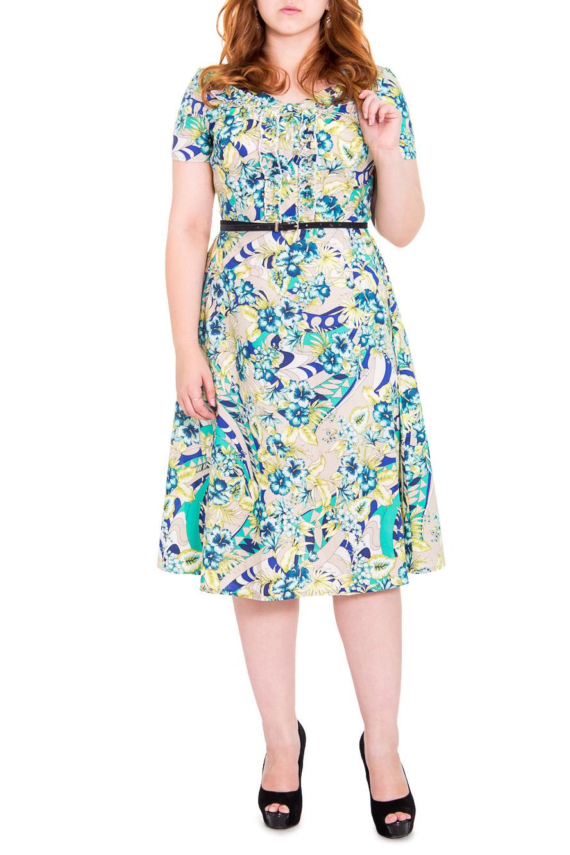 ПлатьеПлатья<br>Женственное платье приталенного силуэта, отрезное по линии талии. На передней части лифа центральная застежка на пуговицы с планкой, рельефы и декоративная рюша. На спинке лифа средний шов. Горловина обработана двойной обтачкой. Рукав втачной, короткий. Пояс в комплект не входит. Цвет: на бежевом фоне сине-желто-зеленые узоры.  Длина рукава - 20 ± 1 см  Рост девушки-фотомодели 169 см  Длина изделия: 46 размер - 113 ± 2 см 48 размер - 113 ± 2 см 50 размер - 113 ± 2 см 52 размер - 113 ± 2 см 54 размер - 115 ± 2 см 56 размер - 115 ± 2 см 58 размер - 115 ± 2 см<br><br>Горловина: V- горловина<br>По длине: Ниже колена<br>По материалу: Тканевые,Хлопок<br>По образу: Город,Круиз,Свидание<br>По рисунку: Абстракция,Растительные мотивы,С принтом,Цветные,Цветочные<br>По сезону: Лето<br>По силуэту: Приталенные<br>По стилю: Летний стиль,Повседневный стиль,Романтический стиль<br>По элементам: С воланами и рюшами,С декором,С завышенной талией,С пуговицами<br>Рукав: Короткий рукав<br>По форме: Платье - трапеция<br>Размер : 48,50,54<br>Материал: Плательно-блузочная ткань<br>Количество в наличии: 4