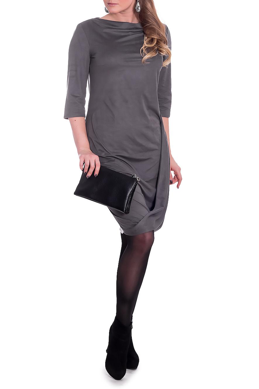 ПлатьеПлатья<br>Женственное платье с фигурным низом станет изюминкой Вашего гардероба. Побалуйте себя этой великолепной покупкой  Платье полуприлегающего силуэта с драпировкой на передней части изделия. На спинке средний шов. Горловина качелька. Рукав втачной, 3/4.  Цвет: серый.  Длина рукава (от конечной плечевой точки) - 41 ± 1 см  Рост девушки-фотомодели 170 см  Длина изделия: 46 размер - 97 ± 2 см 48 размер - 97 ± 2 см 50 размер - 97 ± 2 см 52 размер - 97 ± 2 см 54 размер - 99 ± 2 см 56 размер - 99 ± 2 см 58 размер - 99 ± 2 см<br><br>Горловина: Качель<br>По длине: До колена<br>По материалу: Замша<br>По рисунку: Однотонные<br>По силуэту: Полуприталенные<br>По стилю: Классический стиль,Кэжуал,Офисный стиль,Повседневный стиль<br>По форме: Платье - футляр<br>По элементам: С декором,С фигурным низом,Со складками<br>Рукав: Рукав три четверти<br>По сезону: Осень,Весна<br>Размер : 52,56<br>Материал: Замша<br>Количество в наличии: 4
