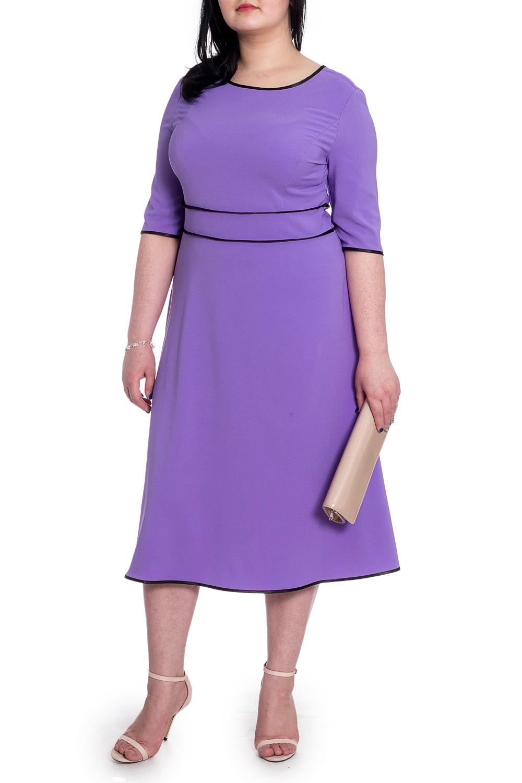 ПлатьеПлатья<br>Элегантное и женственное платье, которое подойдет любому типу фигуры, выполненное из приятного телу трикотажа. Изделие станет идеальным вариантом повседневного или выходного наряда  Платье приталенного силуэта с втачным поясом чуть выше линии талии. На спинке средний шов. Горловина, низ рукава, низ изделия и срезы пояса окантованы. Молния в боковом шве. Рукав втачной, до локтя.  Цвет: сиреневый.  Длина рукава - 35 ± 1 см  Рост девушки-фотомодели 170 см  Длина изделия - 107 ± 2 см<br><br>Горловина: С- горловина<br>По длине: Ниже колена<br>По материалу: Тканевые<br>По рисунку: Однотонные<br>По силуэту: Полуприталенные,Приталенные<br>По стилю: Классический стиль,Кэжуал,Офисный стиль,Повседневный стиль<br>По форме: Платье - трапеция<br>По элементам: С декором,С молнией<br>Рукав: До локтя<br>По сезону: Осень,Весна<br>Размер : 52,54,56,58<br>Материал: Плательная ткань<br>Количество в наличии: 36