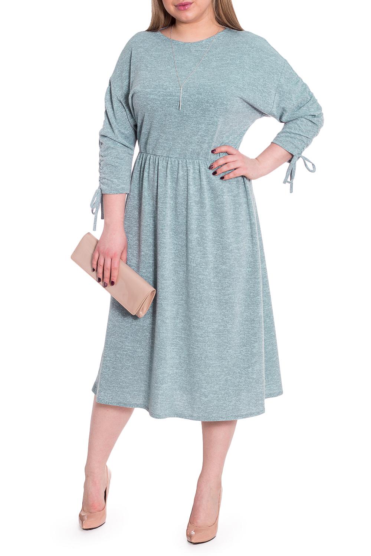 ПлатьеПлатья<br>Кто сказал, что удобные вещи не могут быть стильными Универсальное платье из нашей коллекции - женственный вариант в стиле casual.  Платье полуприлегающего силуэта, отрезное по линии талии с резинкой. На спинке средний шов. Горловина quot;лодочкаquot;. Рукав рубашечный, 3/4, со сборкой по среднему шву и декоративным шнурком.  Цвет: серо-голубой.  Длина рукава (от конечной плечевой точки) - 41 ± 1 см  Рост девушки-фотомодели 170 см  Длина изделия: 46 размер - 114 ± 2 см 48 размер - 114 ± 2 см 50 размер - 114 ± 2 см 52 размер - 114 ± 2 см 54 размер - 116 ± 2 см 56 размер - 116 ± 2 см 58 размер - 116 ± 2 см<br><br>Горловина: Лодочка<br>По длине: Ниже колена<br>По материалу: Трикотаж<br>По рисунку: Цветные<br>По силуэту: Полуприталенные<br>По стилю: Кэжуал,Повседневный стиль<br>По форме: Платье - трапеция<br>По элементам: С завязками,Со складками<br>Рукав: Рукав три четверти<br>По сезону: Осень,Весна<br>Размер : 48,50<br>Материал: Трикотаж<br>Количество в наличии: 7