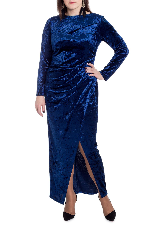 ПлатьеПлатья<br>Роскошное платье сделает Вас центром внимания благодаря мягкому бархату благородной расцветки и прилегающему силуэту.  Платье приталенного силуэта, отрезное по линии талии с резинкой. На передней части лифа сборка по боковому шву, юбка на запах со сборкой. На спинке средний шов. Горловина обработана обтачкой. Рукав втачной, длинный.  Цвет: синий.  Длина рукава (от конечной плечевой точки) - 60 ± 1 см  Рост девушки-фотомодели 172 см  Длина изделия - 139 ± 2 см<br><br>Горловина: Лодочка<br>По длине: Макси<br>По материалу: Бархат<br>По рисунку: Однотонные<br>По сезону: Весна,Зима,Осень,Всесезон<br>По силуэту: Полуприталенные,Приталенные<br>По стилю: Нарядный стиль,Вечерний стиль<br>По элементам: С разрезом<br>Разрез: Длинный<br>Рукав: Длинный рукав<br>Размер : 52<br>Материал: Бархат<br>Количество в наличии: 1