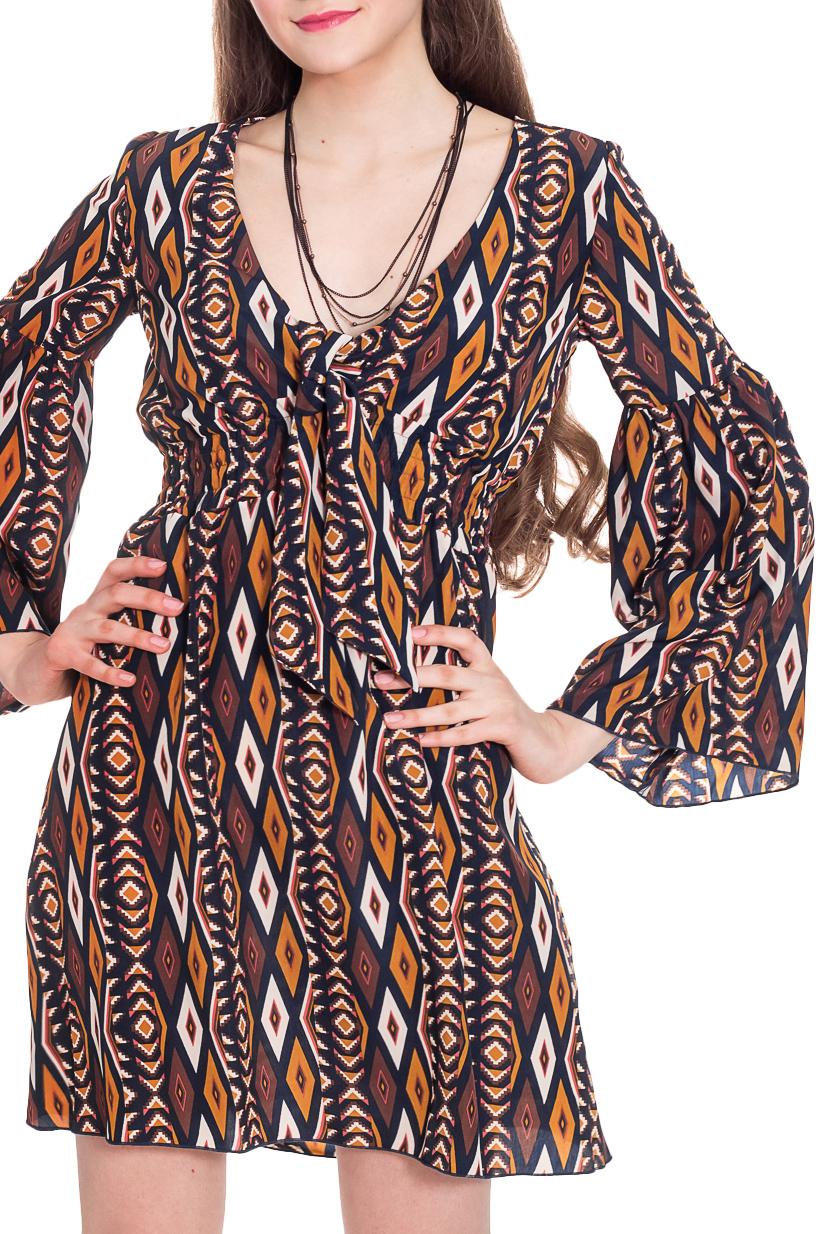 ПлатьеПлатья<br>Богемный стиль одежды завоевывает сердца модниц уже который сезон. Его привлекательность выражается в отсутствии четких правил, комфортом и проявлением чувства шика.  Платье, отрезное, с резинкой под грудью. Лиф переда двойной, с завязками на груди. Горловина спинки окантована. Рукав втачной, длинный, с притачной широкой деталью со сборкой.  Цвет: коричневый, оранжевый, синий и др.  Длина рукава - 60 ± 1 см  Рост девушки-фотомодели 180 см  Длина изделия: 40 размер - 90 ± 2 см 42 размер - 90 ± 2 см 44 размер - 90 ± 2 см 46 размер - 90 ± 2 см 48 размер - 92 ± 2 см 50 размер - 92 ± 2 см 52 размер - 92 ± 2 см<br><br>По длине: До колена<br>По материалу: Тканевые,Шелк<br>По рисунку: Абстракция,С принтом,Цветные,Этнические<br>По сезону: Весна,Лето,Осень<br>По силуэту: Полуприталенные<br>По стилю: Винтаж,Греческий стиль,Летний стиль,Молодежный стиль,Повседневный стиль,Сафари,Ультрамодный стиль,Этнический стиль<br>По форме: Платье - трапеция<br>По элементам: С декором,С завышенной талией,Со складками<br>Рукав: Длинный рукав<br>Горловина: V- горловина<br>Размер : 42,44<br>Материал: Шелк<br>Количество в наличии: 7
