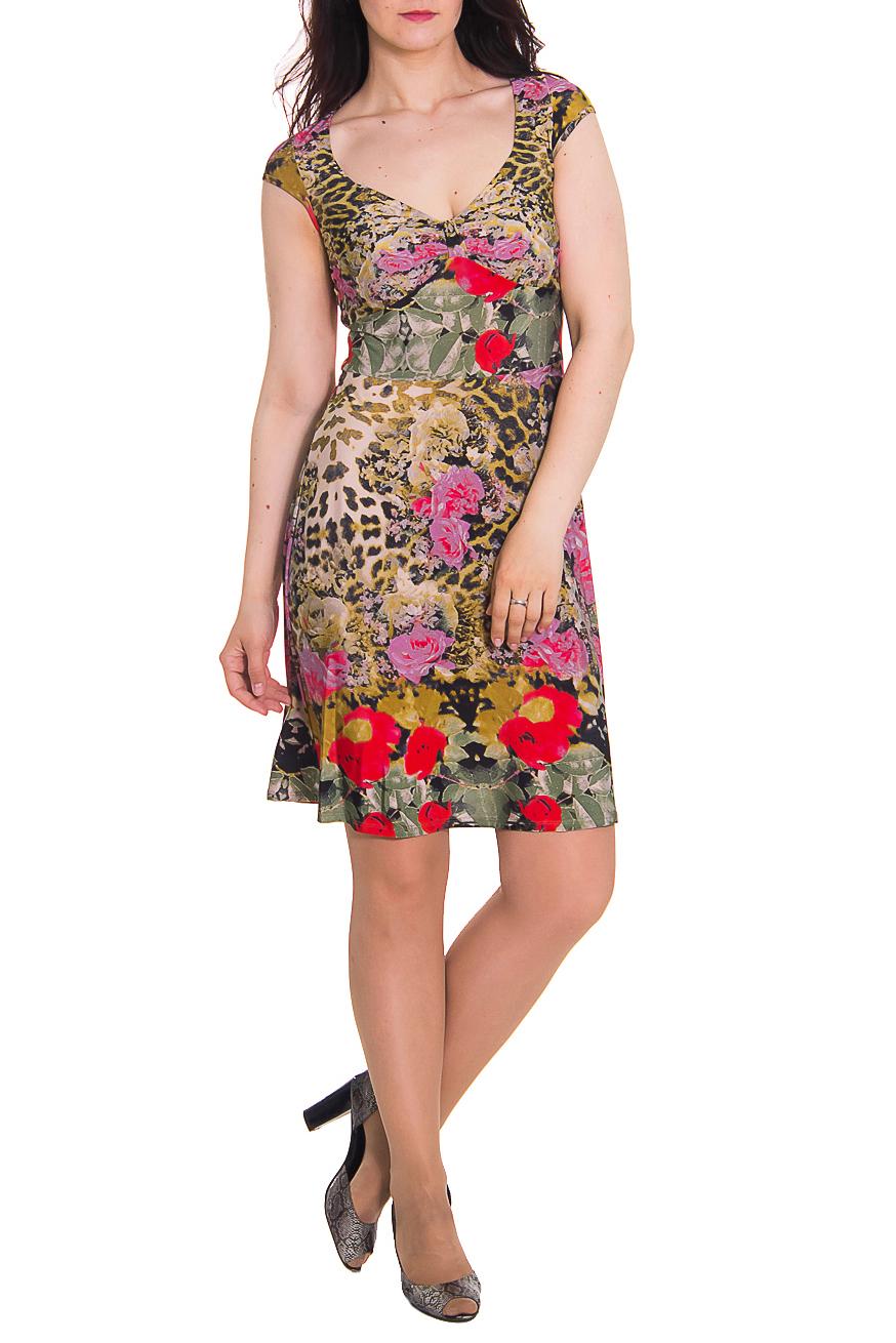ПлатьеПлатья<br>Платье приталенного силуэта с резом по талии. На переде отрезной лиф под грудью. На лифе перемычка со сборкой. Рукав крылышко на окантовке. Юбка, расширенная книзу. Цвет: мультицвет, леопард и цветочный принт.  Длина рукава - 8 ± 2 см  Рост девушки-фотомодели 180 см  Длина изделия: 44 размер - 90 ± 2 см 46 размер - 90 ± 2 см 48 размер - 90 ± 2 см 50 размер - 90 ± 2 см 52 размер - 90 ± 2 см 54 размер - 90 ± 2 см 56 размер - 90 ± 2 см 58 размер - 90 ± 2 см<br><br>По образу: Город,Свидание<br>По рисунку: Леопард,Растительные мотивы,Цветные,Цветочные,С принтом<br>По сезону: Лето<br>По силуэту: Полуприталенные<br>Рукав: Короткий рукав<br>По материалу: Трикотаж<br>По стилю: Повседневный стиль<br>Горловина: Фигурная горловина<br>По длине: До колена<br>По форме: Платье - футляр<br>Размер : 46<br>Материал: Холодное масло<br>Количество в наличии: 1