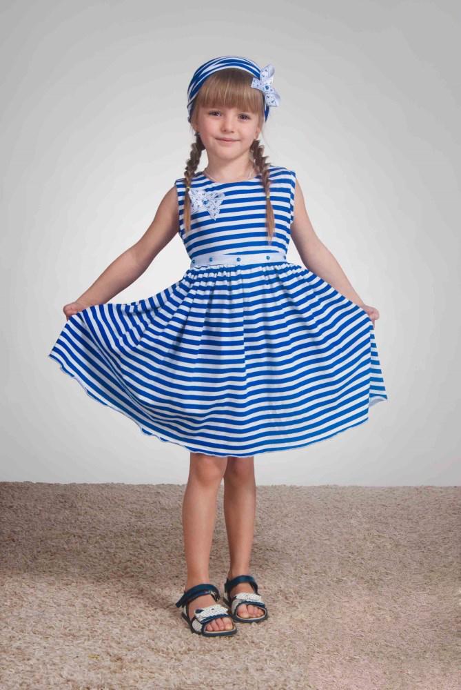 ПлатьеПлатья<br>Необыкновенно красивое платье для маленьких модниц. Изделие выпонено из мягкого хлопка. Округлая горловина. Платье без рукавов. В комплект входят декоративные элементы в виде банта и пояса.  В изделии использованы цвета: синий, белый.  Размер 74 соответствует росту 70-73 см Размер 80 соответствует росту 74-80 см Размер 86 соответствует росту 81-86 см Размер 92 соответствует росту 87-92 см Размер 98 соответствует росту 93-98 см Размер 104 соответствует росту 98-104 см Размер 110 соответствует росту 105-110 см Размер 116 соответствует росту 111-116 см Размер 122 соответствует росту 117-122 см Размер 128 соответствует росту 123-128 см Размер 134 соответствует росту 129-134 см Размер 140 соответствует росту 135-140 см Размер 146 соответствует росту 141-146 см Размер 152 соответствует росту 147-152 см Размер 158 соответствует росту 153-158 см Размер 164 соответствует росту 159-164 см Размер 170 соответствует росту 165-170 см<br><br>Горловина: С- горловина<br>По возрасту: Ясельные ( от 1 до 3 лет),Дошкольные ( от 3 до 7 лет),Школьные ( от 7 до 13 лет)<br>По длине: Миди<br>По материалу: Хлопковые<br>По образу: Повседневные<br>По рисунку: В полоску,Цветные<br>По силуэту: Полуприталенные<br>По стилю: Летние<br>По форме: С завышенной талией,Трапеция<br>По элементам: Без рукавов,С декором,С поясом<br>По сезону: Лето<br>Размер : 104,116,122,134,98<br>Материал: Хлопок<br>Количество в наличии: 5