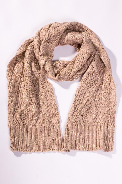 ШарфШарфы<br>Женский вязанный шарф. Вязаный трикотаж - это красота, тепло и комфорт. В вязаных вещах очень легко оставаться женственной и в то же время не замёрзнуть.  Цвет: бежевый<br><br>По сезону: Зима<br>Размер : UNI<br>Материал: Вязаное полотно<br>Количество в наличии: 1