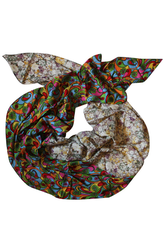 ШарфШарфы<br>Очаровательный женский шарф, который украсит Ваш образ  Цвет: мультицвет.  Размер: 250*75 см<br><br>Размер : UNI<br>Материал: Вискоза<br>Количество в наличии: 1