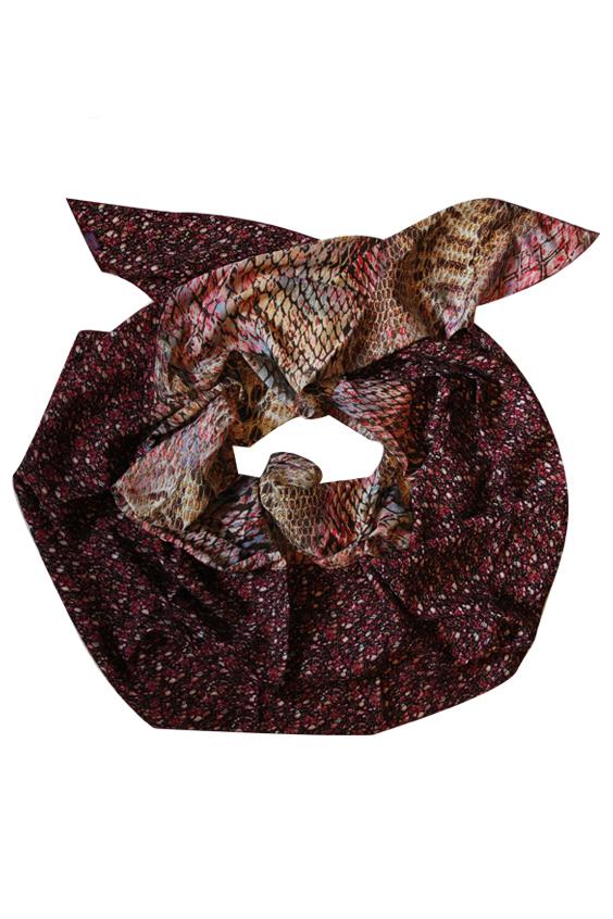 ШарфШарфы<br>Очаровательный женский шарф, который украсит Ваш образ  Цвет: бордовый и др.  Размер: 250*75 см<br><br>Размер : UNI<br>Материал: Вискоза<br>Количество в наличии: 1