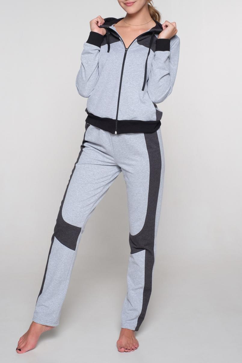 Костюм спортивныйСпортивные костюмы<br>Цветной костюм из эластичного трикотажа. Отличный выбор для занятий спортом или активного отдыха.  В изделии использованы цвета: серый, графитовый  Ростовка изделия 170 см.<br><br>Застежка: С молнией<br>По длине: Макси<br>По материалу: Трикотаж,Хлопок<br>По образу: Город,Спорт<br>По рисунку: Цветные<br>По силуэту: Полуприталенные<br>По стилю: Повседневный стиль,Спортивный стиль<br>По форме: Брюки,Костюм двойка<br>По элементам: С капюшоном,С карманами,С манжетами<br>Рукав: Длинный рукав<br>По сезону: Осень,Весна<br>Размер : 42,44,46,48,50<br>Материал: Трикотаж<br>Количество в наличии: 14