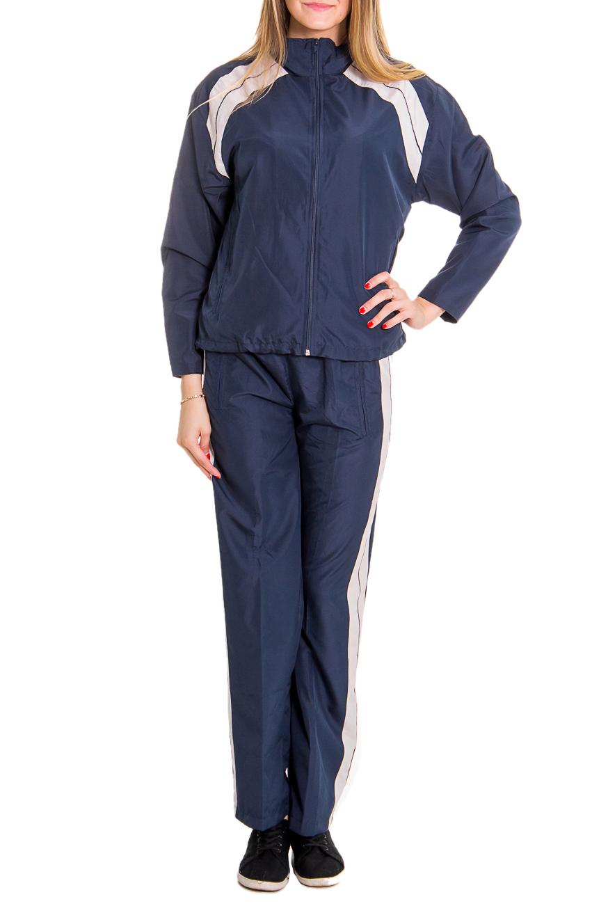 Спортивный костюмСпортивные костюмы<br>Женский спортивный костюм из эластичной ткани. Отличный выбор для занятий спортом или активного отдыха.  Рост девушки-фотомодели - 176 см  Цвет: синий, бежевый<br><br>По длине: Макси<br>По рисунку: Цветные<br>По сезону: Весна,Осень<br>По силуэту: Полуприталенные<br>По форме: Костюм двойка,Брюки<br>По элементам: С карманами<br>Рукав: Длинный рукав<br>Застежка: С молнией<br>По стилю: Спортивный стиль<br>Размер : 44,46<br>Материал: Плащевая ткань<br>Количество в наличии: 3