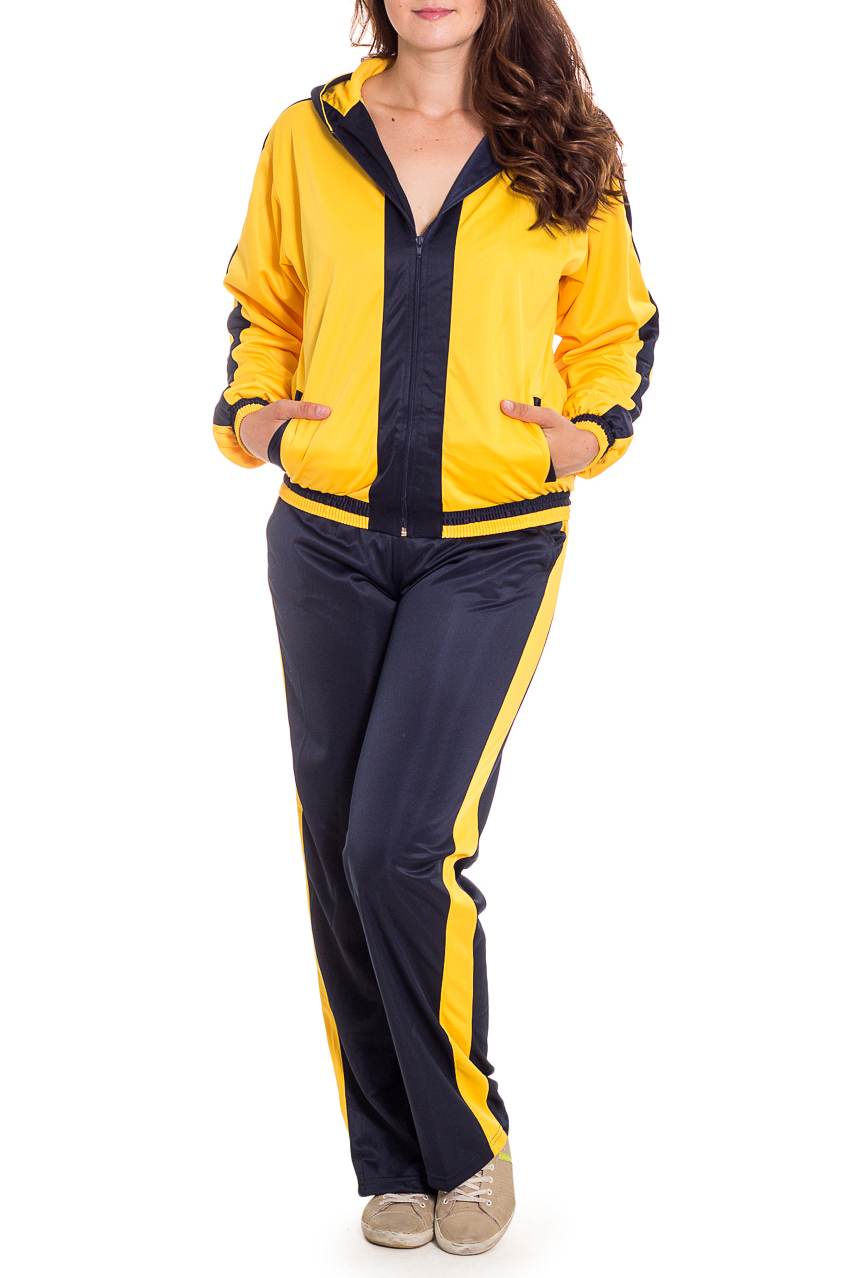 Спортивный костюмСпортивные костюмы<br>Женский спортивный костюм из эластичного материала. Отличный выбор для занятий спортом или активного отдыха.  В изделии использованы цвета: черный, желтый  Рост девушки-фотомодели 180 см.<br><br>Застежка: С молнией<br>По длине: Макси<br>По рисунку: Цветные<br>По силуэту: Свободные<br>По стилю: Повседневный стиль<br>По форме: Брюки,Костюм двойка<br>По элементам: С капюшоном,С карманами,С манжетами<br>Рукав: Длинный рукав<br>По сезону: Осень,Весна<br>Размер : 44<br>Материал: Полиэстер<br>Количество в наличии: 1