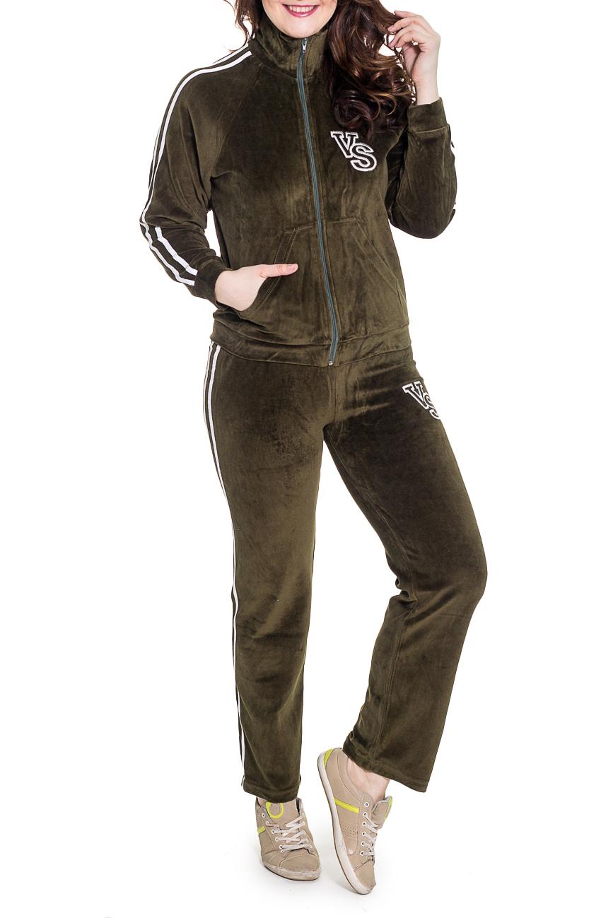Спортивный костюмСпортивные костюмы<br>Удобный спортивный костюм. Модель выполнена из мягкого велюра. Отличный выбор для занятий спортом или активного отдыха.  Цвет: темно-зеленый  Рост девушки-фотомодели 180 см.<br><br>Воротник: Стойка<br>Застежка: С молнией<br>По длине: Макси<br>По материалу: Трикотаж<br>По образу: Город,Спорт<br>По рисунку: Однотонные<br>По силуэту: Полуприталенные<br>По стилю: Повседневный стиль,Спортивный стиль<br>По форме: Брюки,Костюм двойка<br>По элементам: С декором,С карманами,С манжетами<br>Рукав: Длинный рукав<br>По сезону: Осень,Весна<br>Размер : 50<br>Материал: Велюр<br>Количество в наличии: 1