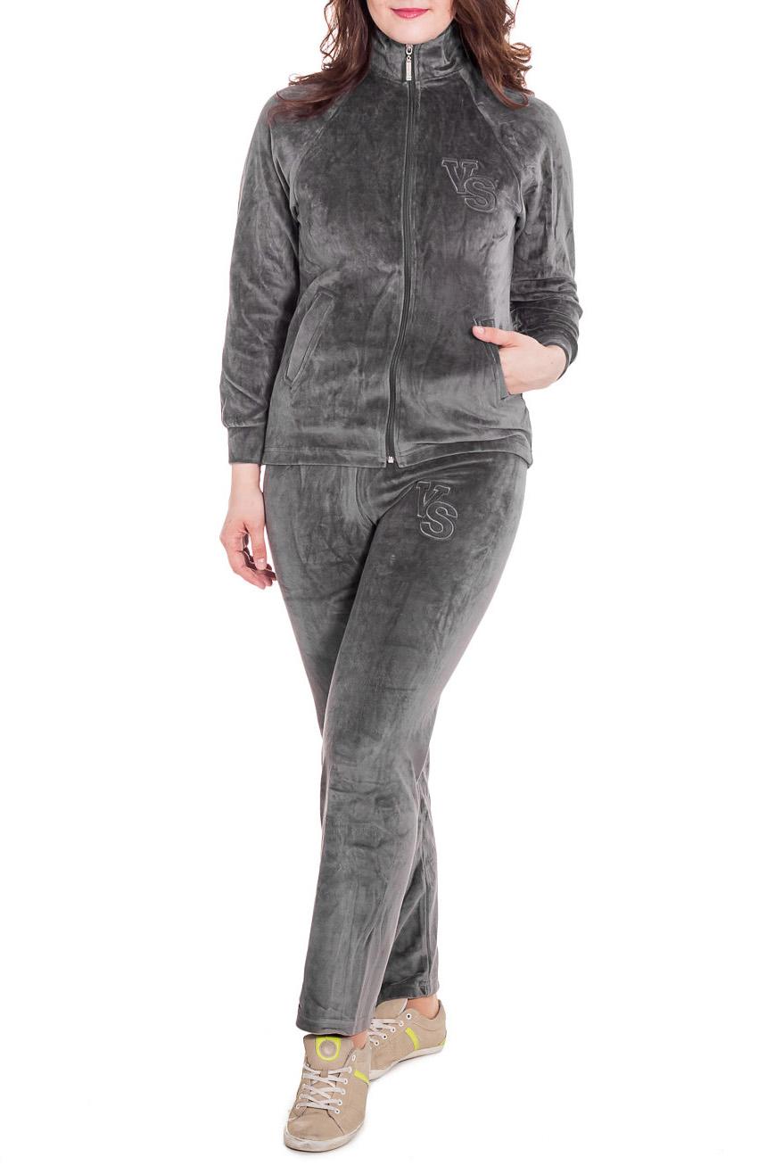 Спортивный костюмСпортивная одежда<br>Удобный спортивный костюм из мягкого велюра. Костюм состоит из кофты и брюк. Отличный выбор для занятий спортом или активного отдыха.  Цвет: серый  Рост девушки-фотомодели 180 см.<br><br>По сезону: Всесезон<br>Размер : 48<br>Материал: Велюр<br>Количество в наличии: 1