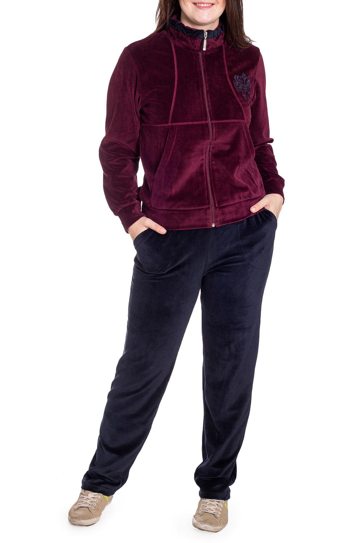 Спортивный костюмСпортивные костюмы<br>Удобный костюм из мягкого велюра. Отличный выбор для занятий спортом или активного отдыха.  В изделии использованы цвета: бордовый, синий  Рост девушки-фотомодели 180 см.<br><br>Воротник: Стойка<br>Застежка: С молнией<br>По длине: Макси<br>По рисунку: Цветные<br>По силуэту: Полуприталенные<br>По стилю: Спортивный стиль<br>По форме: Брюки,Костюм двойка<br>По элементам: С карманами,С манжетами<br>Рукав: Длинный рукав<br>По сезону: Зима<br>Размер : 46,50<br>Материал: Велюр<br>Количество в наличии: 2