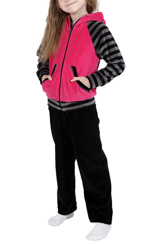 Спортивный костюмКостюмы<br>Удобный спортивный костюм для девочки. Модель выполнена из приятного материала. Отличный выбор для занятий спортом и активного отдыха.  Цвет: черный, розовый, серый  Размер 74 соответствует росту 70-73 см Размер 80 соответствует росту 74-80 см Размер 86 соответствует росту 81-86 см Размер 92 соответствует росту 87-92 см Размер 98 соответствует росту 93-98 см Размер 104 соответствует росту 98-104 см Размер 110 соответствует росту 105-110 см Размер 116 соответствует росту 111-116 см Размер 122 соответствует росту 117-122 см Размер 128 соответствует росту 123-128 см Размер 134 соответствует росту 129-134 см Размер 140 соответствует росту 135-140 см Размер 146 соответствует росту 141-146 см Размер 152 соответствует росту 147-152 см Размер 158 соответствует росту 153-158 см Размер 164 соответствует росту 159-164 см<br><br>По образу: Уличные,Повседневные<br>По стилю: Повседневные<br>По материалу: Хлопковые<br>По рисунку: Цветные<br>По сезону: Весна,Осень<br>По силуэту: Полуприталенные<br>По элементам: С карманами,С молнией<br>По длине: Удлиненные<br>Рукав: Длинный рукав<br>Горловина: Капюшон<br>По возрасту: Дошкольные ( от 3 до 7 лет),Ясельные (от 1 до 3 лет)<br>Размер: 122,98<br>Материал: 100% хлопок<br>Количество в наличии: 2