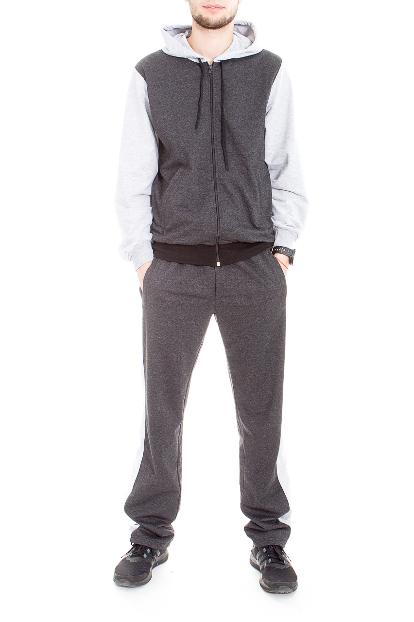 Костюм спортивныйСпортивная одежда<br>Мужской спортивный костюм из трикотажа. Отличный выбор для активного отдыха.  Цвет: серый  Рост мужчины-фотомодели 182 см<br><br>По сезону: Осень,Весна<br>Размер : 50,52,54<br>Материал: Трикотаж<br>Количество в наличии: 3