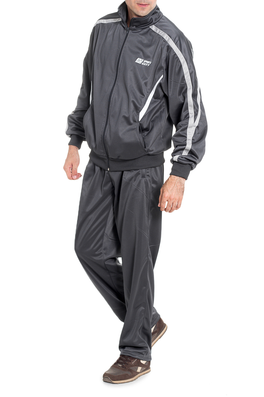 Спортивный костюмСпортивная одежда<br>Мужской спортивный костюм из эластичной ткани. Отличный выбор для активного отдыха.  Цвет: серый  Рост мужчины-фотомодели 177 см<br><br>По сезону: Всесезон<br>Размер : 48<br>Материал: Трикотаж<br>Количество в наличии: 1