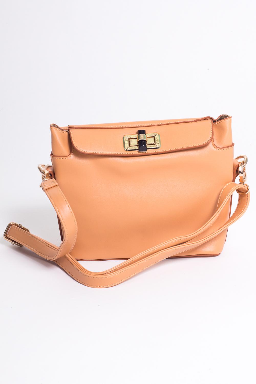 Классическая сумкаКлассические<br>Классическая сумка с длинным ремнем  Цвет: бежевый  Размеры:  длина 22 см высота 18 см ширина 8 см<br><br>По материалу: Искусственная кожа<br>По рисунку: Однотонные<br>По силуэту стенок: Квадратные<br>По степени жесткости: Мягкие<br>По типу застежки: С застежкой молнией<br>Ручки: Длинные<br>По сезону: Всесезон<br>Размер : UNI<br>Материал: Искусственная кожа<br>Количество в наличии: 1