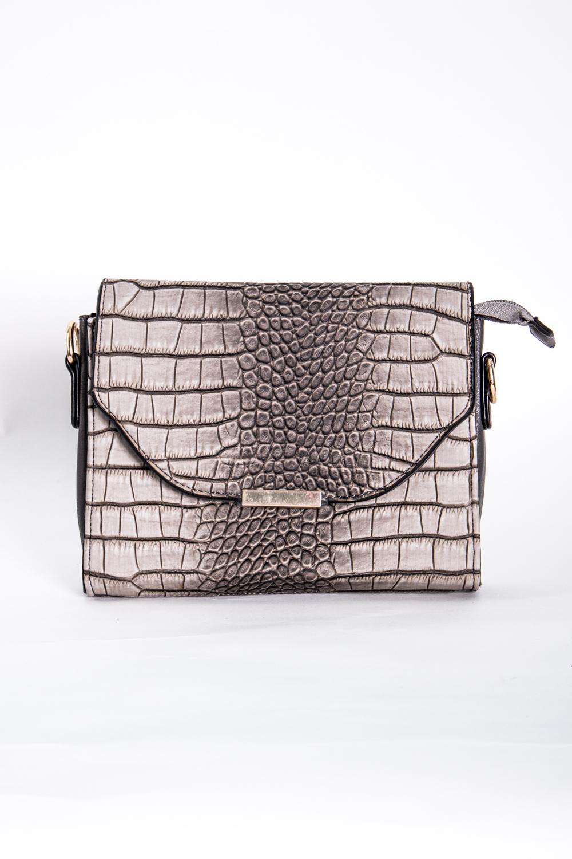 Классическая сумкаКлассические<br>Маленькая женская сумка.  Размеры: 22*15*4 см  Цвет: серый, бежевый<br><br>По материалу: Искусственная кожа<br>По размеру: Маленькие<br>По рисунку: Рептилия,Цветные,Фактурный рисунок<br>По силуэту стенок: Прямоугольные<br>По способу ношения: В руках,На плечо<br>По степени жесткости: Полужесткие<br>По типу застежки: С застежкой молнией,С клапаном<br>Ручки: Длинные<br>Размер : UNI<br>Материал: Искусственная кожа<br>Количество в наличии: 2