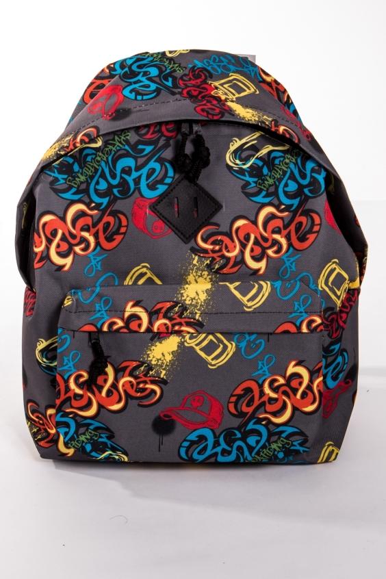 РюкзакРюкзаки<br>Модный рюкзак для активного отдыха или занятий спортом из качественных ярких материалов. Одно основное отделение на двухсторонней молнии. Снаружи передний карман на молнии, удобные лямки и ручка.  Размеры: 31,5*40*13 см  Цвет: серый, оранжевый, голубой, желтый<br><br>Размер : UNI<br>Материал: Полиэстер<br>Количество в наличии: 2