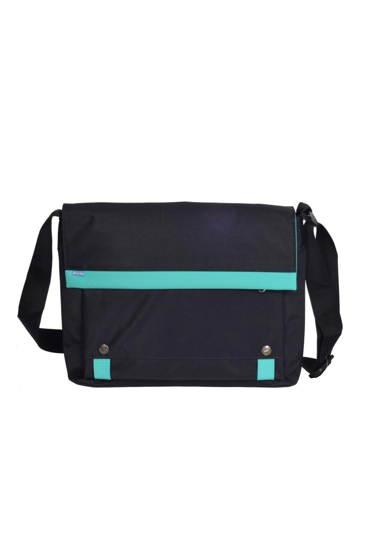 СумкаДеловые<br>Деловая мужская сумка. Модель с клапаном и одной плечевой ручкой.  В изделии использованы цвета: черный, бирюзовый  Габариты, см: 26х33х5,5<br><br>Размер : UNI<br>Материал: Полиэстер<br>Количество в наличии: 2