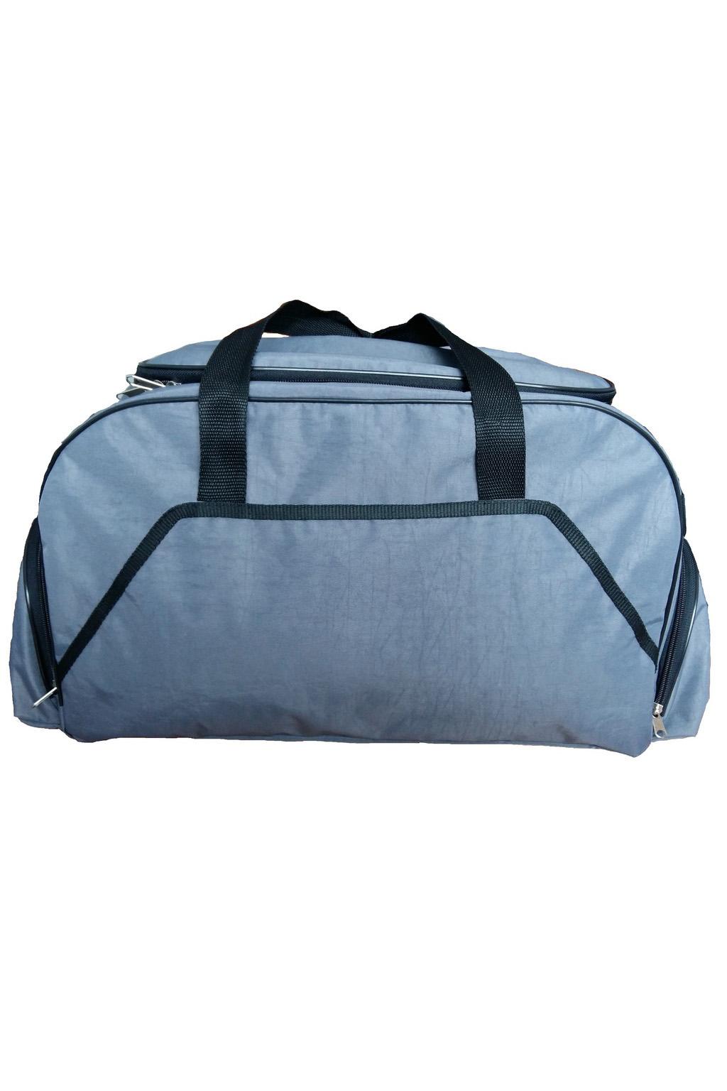 Спортивная сумкаСпортивные<br>Удобная и вместительная спортивная сумка.  Размер: 40*30*22 см.  В изделии использованы цвета: серо-голубой, черный<br><br>По сезону: Всесезон<br>Размер : UNI<br>Материал: Полиэстер<br>Количество в наличии: 3