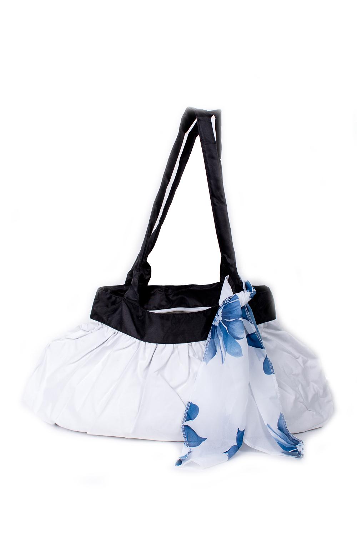 СумкаСумки-шоппинг<br>Удобная и вместительная женская сумка.  Размеры: 29*45 см.  Цвет: белый, черный<br><br>По материалу: Тканевые<br>По размеру: Средние<br>По рисунку: Однотонные<br>По силуэту стенок: Прямоугольные<br>По способу ношения: В руках,На плечо<br>По степени жесткости: Мягкие<br>Ручки: Длинные<br>По сезону: Всесезон<br>Размер : UNI<br>Материал: Полиэстер<br>Количество в наличии: 6
